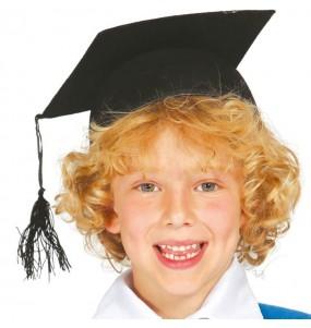 Toque étudiant remise diplôme enfant