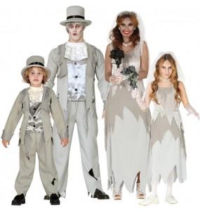 Groupe Famille Fiancés Fantômes