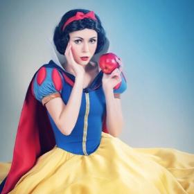Costumes Princesse Blanche-neige pour filles et femmes