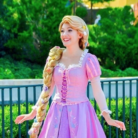 Costumes Princesse Raiponce pour filles et femmes
