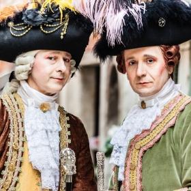 Costumes Belle Époque pour fêtes et Carnaval
