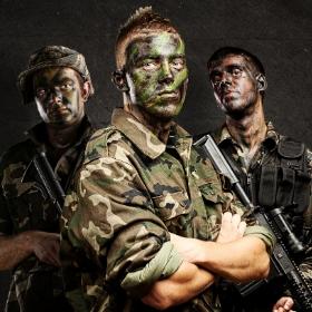 Costumes soldats pour fêtes et Carnaval