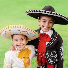 Costumes mexicains et mariachi pour fêtes et Carnaval