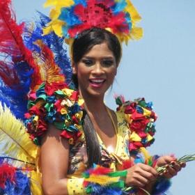 Costumes des caraïbes pour fêtes et Carnaval