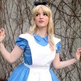Achetez en ligne les costumes les plus originaux d'Alice au pays des merveilles